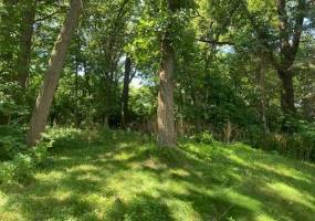 8737 Wood Cliff Road, Bloomington, Minnesota 55438, ,Land,For Sale,Wood Cliff,NST5626313